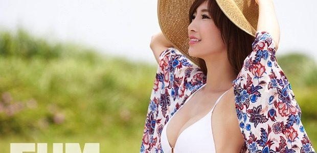 甫在七月底出版第三本個人寫真書的小茉莉(陳瑀希),八月份接力曝光,以性感比基尼二度登上FHM男人幫國際中文版封面,銓釋一 […]
